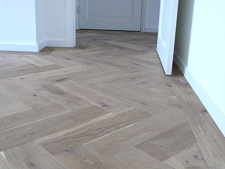 Bijpassende Plinten voor elk Type vloer   Vloerenboulevard